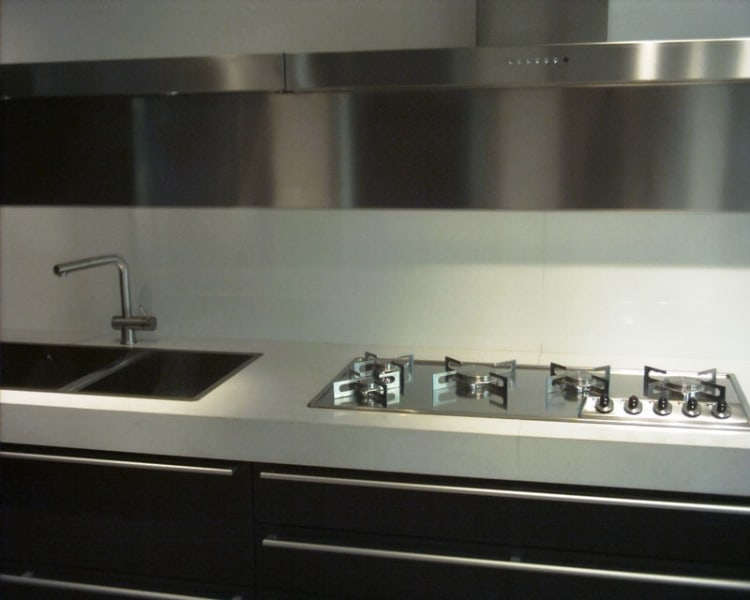 Supplier corian countertops cost vs granite return trim for Corian countertops prices