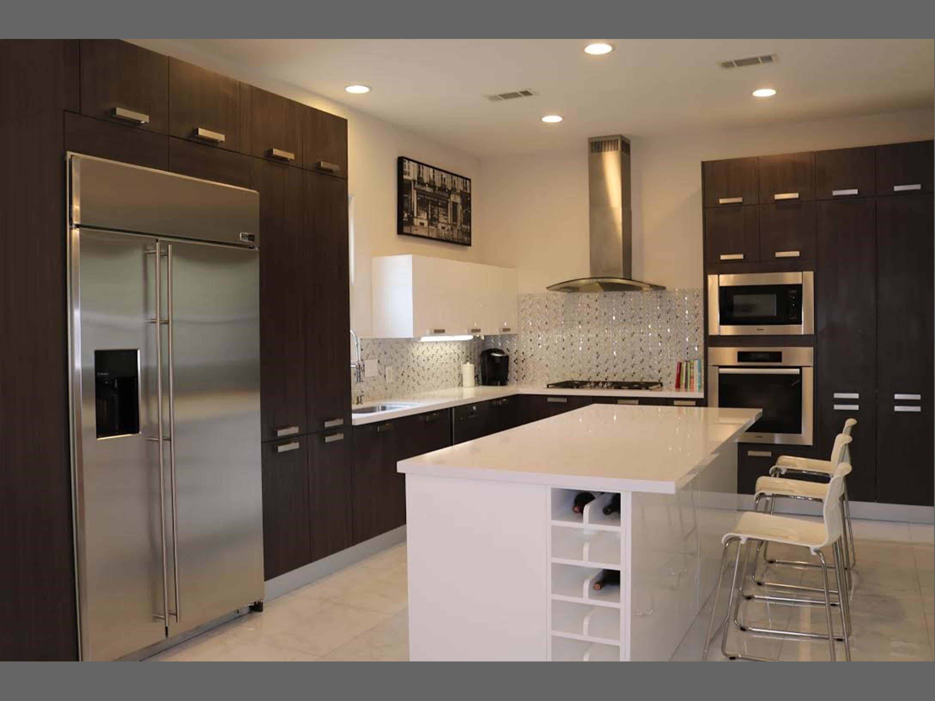 Elegant Kitchen - Royal Oaks Country Club_1